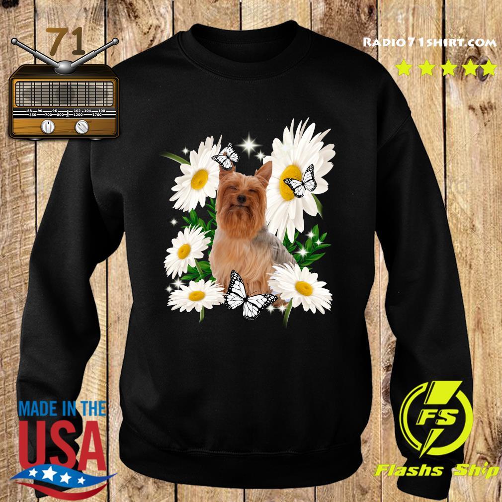Silky Terrier Daisy flower Classic T-Shirt Sweater