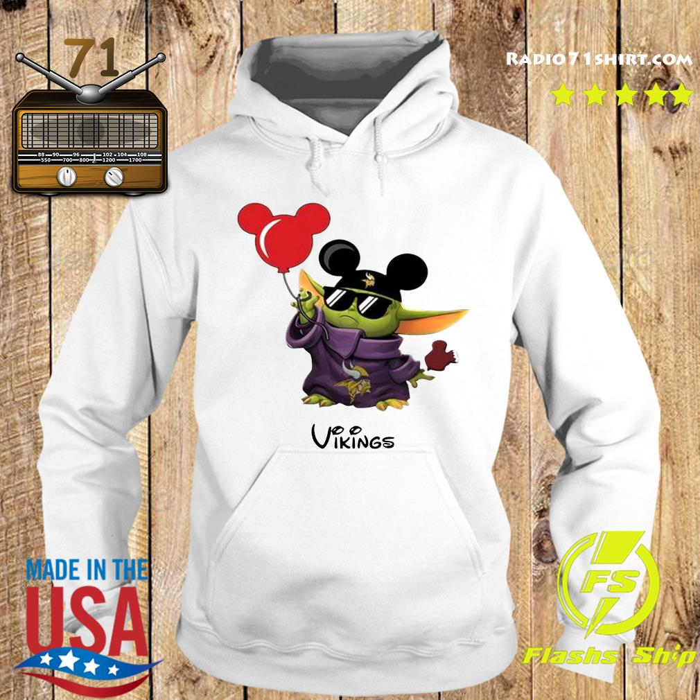 Baby Yoda With Mickey Mouse Vikings Shirt Hoodie